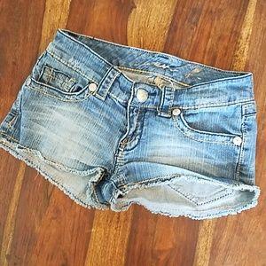 Seven7 Jean Shorts size 25